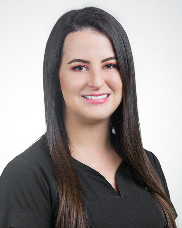 Headshot of Heather - Medical Aesthetician and Laser Specialist